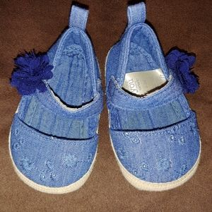 🌺3/$20 Carter's soft sole baby shoes, 0-3 months